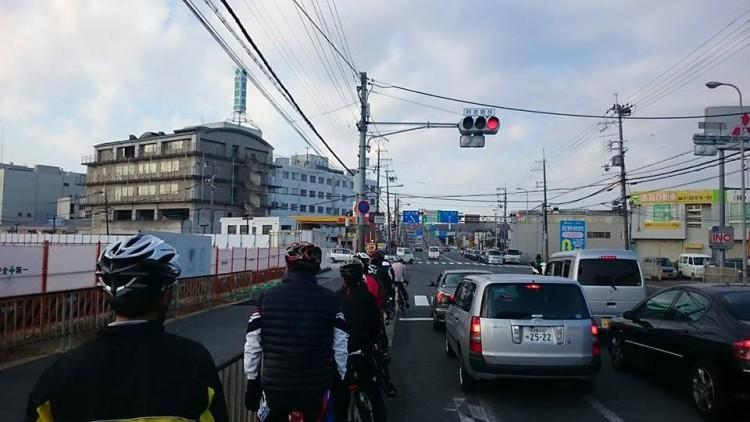 R171、茨木市にて。 間もなく茨木インターです。