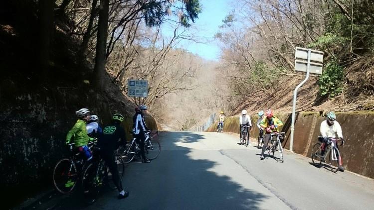 再び京都府に戻ります。 篠山ゴルフの峠にて。