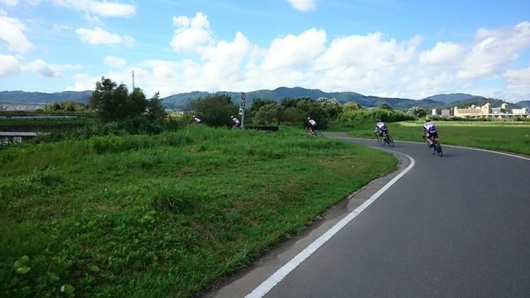保津小橋にかけて、 路面整備が整いました。