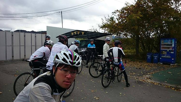 亀岡インター出口にて。 内藤さんはここで離脱されました。